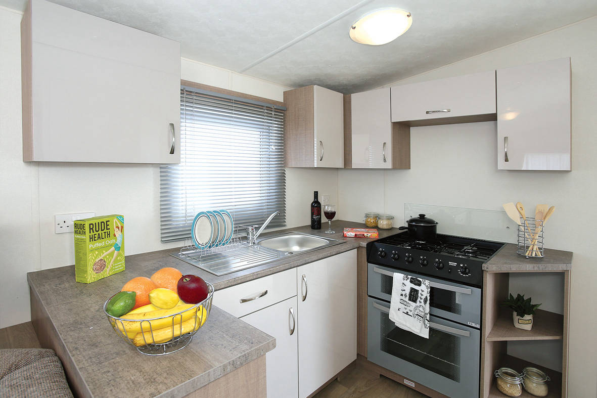 delta caravans-bromley-kitchen